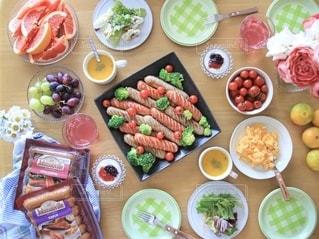 料理,テーブルフォト,ソーセージ,パーティー,俯瞰ショット,ジョンソンヴィル,ソーセージパーティー
