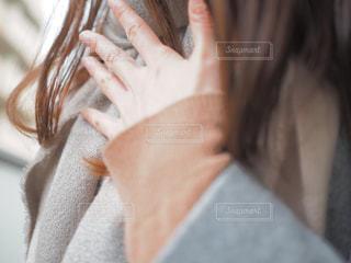 告白を考える女性の写真・画像素材[340703]
