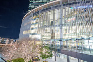 建物,夜景,屋外,イルミネーション,都会,高層ビル,グランフロント大阪,シャンパンゴールド