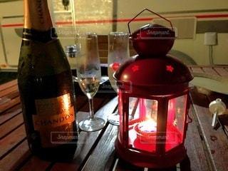 赤ワイン1杯の写真・画像素材[2368461]