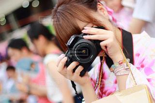 カメラを持ってる  少女 - No.862413