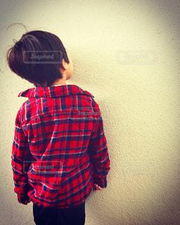 後ろ姿,チェック,人物,背中,人,後姿,男の子,5歳,年長さん,髪の毛切ったよ