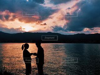 自然,夕日,カップル,湖,影,ロマンチック,幸せ,サンセット,滋賀,琵琶湖