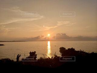 自然,風景,海,空,屋外,太陽,ビーチ,雲,夕暮れ,海岸,光,樹木,光の道