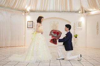 赤,花束,バラ,結婚式,プロポーズ,ツーショット