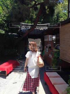 女性,夏,京都,緑,女の子,洋服,旅行,休日,夏服,半袖