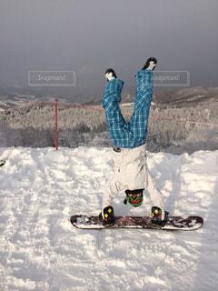 スキー場でテンションMAX!の写真・画像素材[932900]