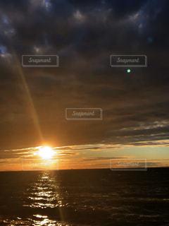 海,空,夕日,太陽,ビーチ,夕暮れ,海岸,光,夕陽