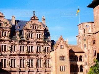 建物の上にある城の写真・画像素材[3350734]