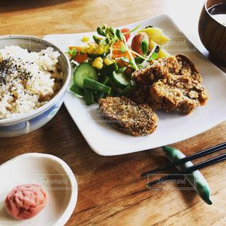 食べ物,秋,屋内,料理,和食,定食,食欲の秋,車麩のコロッケ