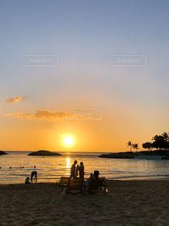 ハワイの夕陽の写真・画像素材[2876743]