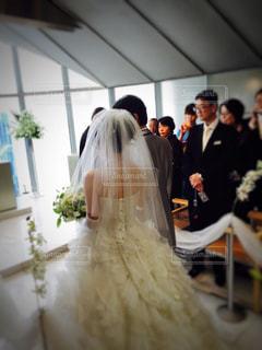 後ろ姿,結婚,ウエディングドレス