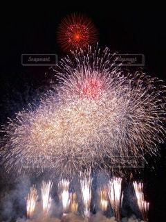 夜空にクライマックスの写真・画像素材[3610106]