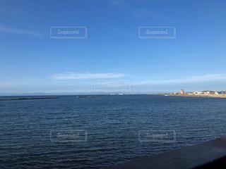 海の隣の水域の写真・画像素材[2331208]