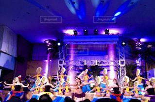 ステージ上の人々 のグループ - No.775448