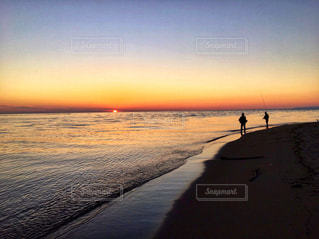 夕焼け 海の写真・画像素材[957680]