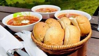 食べ物,絶景,食事,緑,青空,フード,パン,背景,食パン,テラス席,霧ヶ峰,いい天気,飲食,ボルシチ,山景色