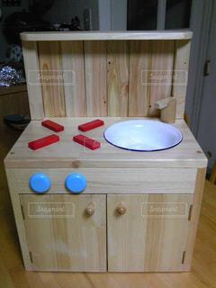 木製テーブルの写真・画像素材[802388]