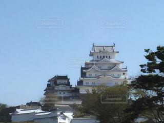 大きな白い建物の写真・画像素材[793484]