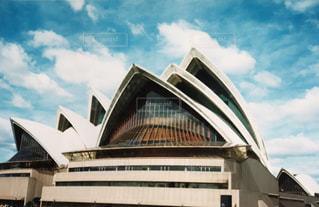 大きな白い建物の写真・画像素材[804208]