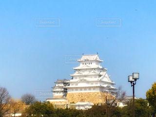 大きな白い建物の写真・画像素材[1027744]
