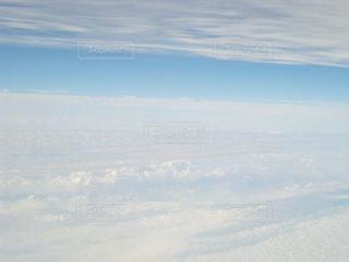 一面に広がる白い雲の写真・画像素材[1659228]