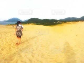 ワンピースコーデフォト♪の写真・画像素材[2377408]
