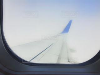 飛行機の窓の眺め♪の写真・画像素材[2412436]