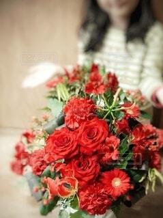 赤色の花束の写真・画像素材[4188840]