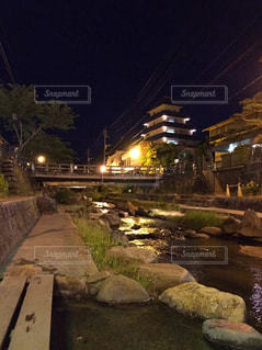川に架かる橋 - No.757588
