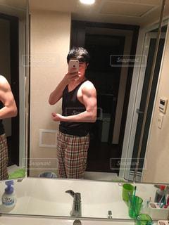 男性,腕,ダイエット,筋肉,筋トレ