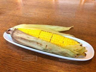 食べ物,緑,黄色,北海道,おやつ,コーン,幸せ,ご飯,イエロー,トウモロコシ,とうもろこし