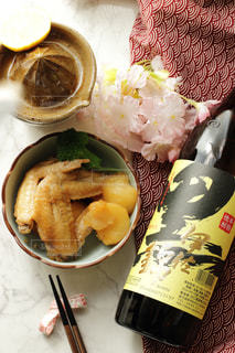 手料理とレモンハイの写真・画像素材[1422234]