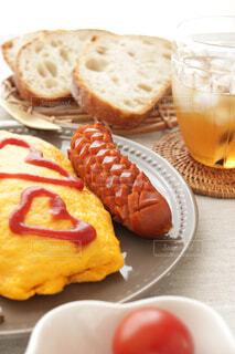 食べ物,コーヒー,朝食,皿,ハート,おいしい,フランスパン,ドリンク,ソーセージ,オムライス,ブランチ,菓子,アイスティー,飲食,アイスドリンク,チェリートマト