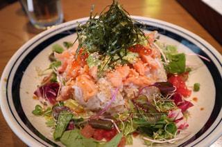 ランチ,大阪,野菜,アボカド,丼ぶり,サーモン,とろろ,森ノ宮,ハンズカフェ,キューズモール,HANDSCAFE,とろろんサーモンボウル