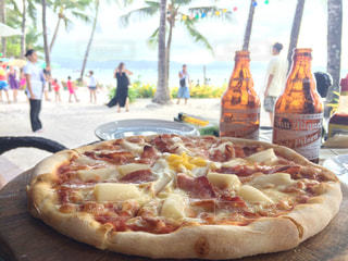 海,ランチ,ビール,フィリピン,PIZZA,ピザ,ボラカイ島
