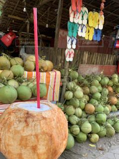 食べ物,飲み物,自然,風景,南国,景色,旅行,フィリピン,美味しい,セブ,海外旅行,セブ島,ココナッツ,ココナッツジュース,水分補給,ココナッツウォーター,インスタ映え