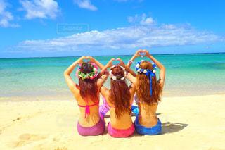 女性,海,夏,ビーチ,水着,沖縄,beach,sea,summer,友達,マーメイド,人魚,フォトジェニック