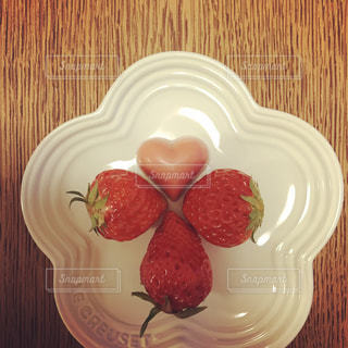 ピンク,赤,いちご,苺,ハート,チョコレート