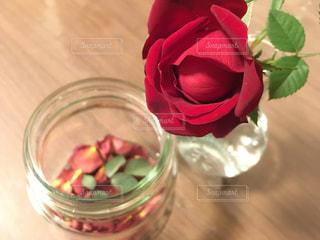 赤ワインのガラスの写真・画像素材[1408728]