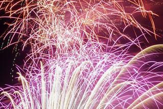 夏,夜,ピンク,綺麗,花火,花火大会,オレンジ,光,イベント,火,光線,pink,火花,スターマイン,軌跡