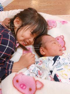 赤ちゃん大好きの写真・画像素材[1174385]