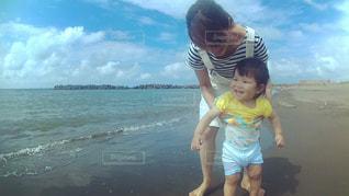 海,ビーチ,砂浜,ママと子供