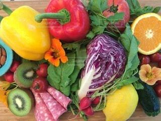 食べ物,フルーツ,果物,トマト,野菜,食品,ピーマン,食材,夏野菜,フレッシュ,ベジタブル,ナスタチューム,エディブルフラワー