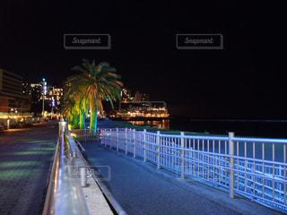 海,夜,ライトアップ,リゾート,熱海,サンビーチ