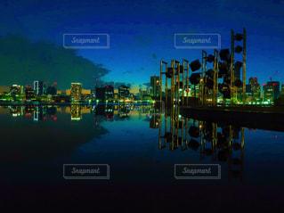 夜の街の景色の写真・画像素材[1882849]