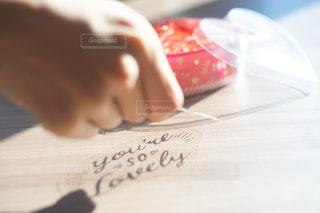 メッセージとプレゼントの写真・画像素材[2995370]