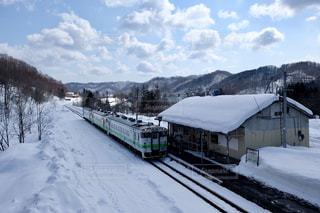 雪列車の写真・画像素材[2417798]