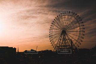 都市の夕日の写真・画像素材[2433268]