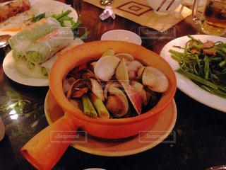 ベトナム,ホーチミン,生春巻き,あさりの酒蒸し,空芯菜,ニャハンゴン